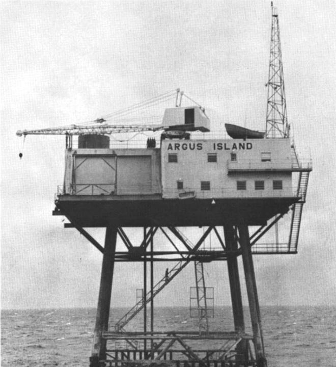 US_Navy_Argus_Island_Tower_near_Bermuda_c1963